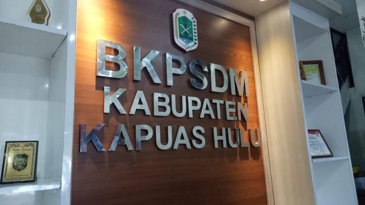 Upaya Peningkatan Pelayanan Publik, BKPSDM Kapuas Hulu Siap Melayani ASN melalui Front Office
