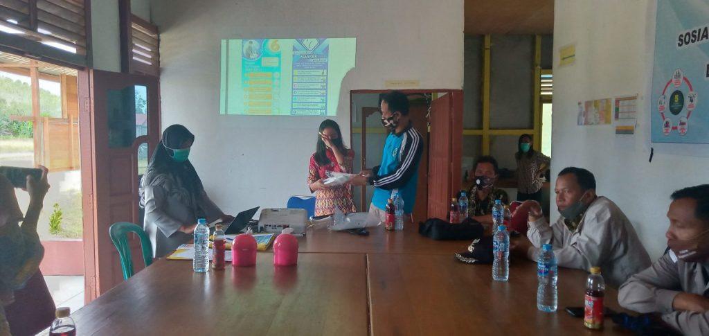 Sosialisasi Adaptasi Kebiasaan Baru di Kecamatan Suhaid