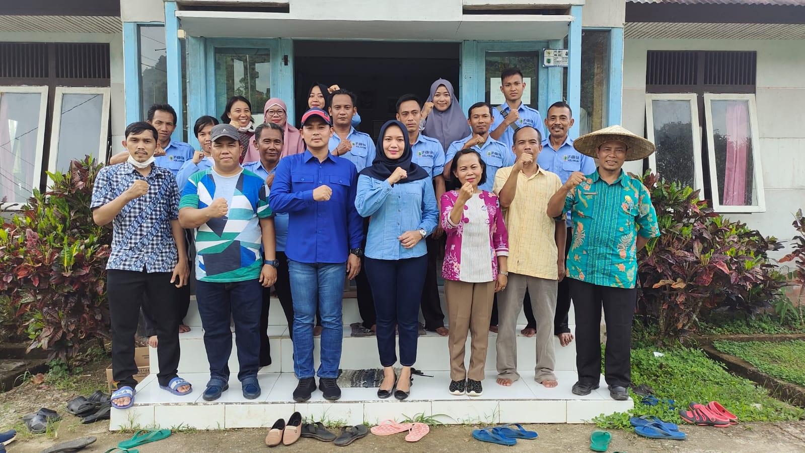 Wakil Bupati Kapuas Hulu meninjau lokasi Balai Benih Ikan (BBI) Kelansin